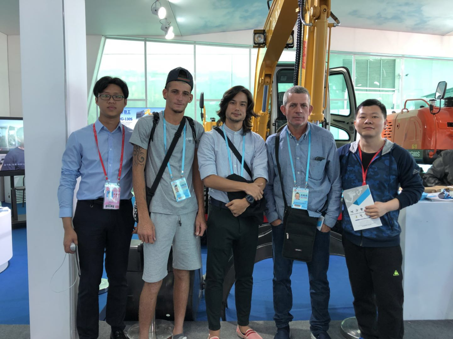 China JingGong hydraulic machine manufacturer attends the 123th Canton Fair in 2018